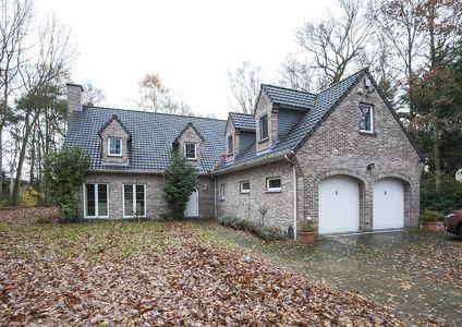Villa te koop in Schoten