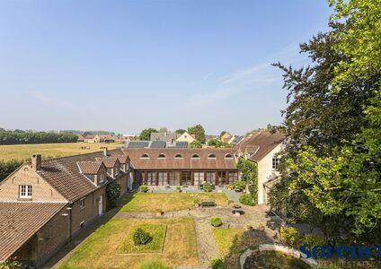 Buitengewoon huis te koop in Kapelle-op-den-Bos