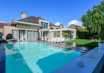 Villa te koop in Boom